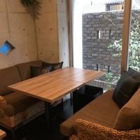 カフェ&ダイニング ハレルアナ - ソファー席
