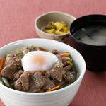 松尾ジンギスカン - デラックスジン丼 ¥980