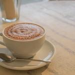 とろもカフェ - カフェラテ