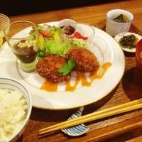 """カフェスタジオ 言の波 - """"平日限定CotoNohaランチ"""" (ミニデザート付)  \1,000"""