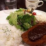 イングリッシュ・パブ ロイヤルハット - ポークカツランチ1000円