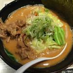 麺屋のすけ - 冬限定・赤味噌らーめん(750円)