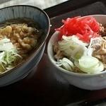 47821329 - 天ぷらそば+半肉丼(500円)
