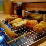 立呑み処 甲 - 料理:串カツ