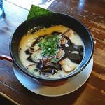 Kawasakishouten - とんこつ黒(700円→500円)