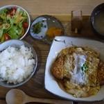 稲の花 - カツ煮定食