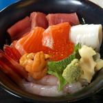 47824940 - ■海鮮丼1000円  ウマウマ  オススメ^ ^