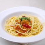 リストランテ・マリオ - 料理写真:売切れ御免 生ウニのペペロンチーノスパゲティ 1300円