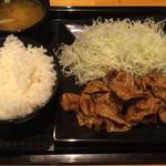 おとなの生姜焼 - おとなの生姜焼き定食