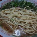 47827997 - 『武居製麺所』謹製を同じ様に使われた、低加水の中ストレート麺