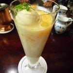 椿屋珈琲店 - 夏季限定のマンゴーラッシー(1000円)☆