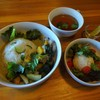 キママル食堂 - 料理写真:グリーンカレーのセット(900円)