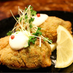 eat 産直野菜とブランド豚工房 - 蟹とほうれん草のクリームのコロッケ