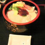 磯料理 海山 - 海鮮丼