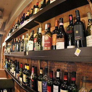 ソムリエ厳選の自慢のイタリアワインは20種類以上!