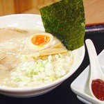 らーめん力晴 - 料理写真:力晴ラーメン(焦がしネギオイル&ピリ辛味噌) 780円