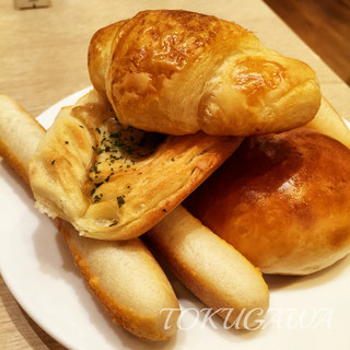 BAQET 南砂町SUNAMO店 - 2016パン山盛り