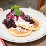 エルク - elk特製リコッタチーズとブルーベリーのパンケーキ (920円) '15 10月下旬