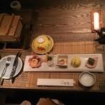 47861741 - 旬の野菜、魚介を使った前菜が並びます。