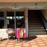 眺めのいいカフェ パ・ノ・ラ・マ - お店への入口