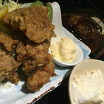 魚舞 - 若鶏の唐揚げに奥はデミグラハンバーグのボリューム満点ランチ