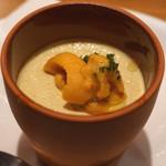 AU GAMIN DE TOKIO - 料理写真:とうもろこしのムースと生ウニ