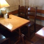 レストラン ティファ - 2階席は5卓で20人までの貸切パーティも可能。
