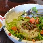 サイゴンカフェ - 日替わりのスパイシータイフーン飯680円スープ付