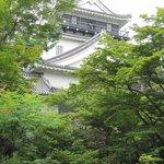 Yachiyo - 天守閣裏-能楽堂の間にあります
