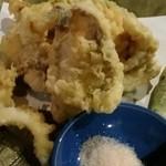 海物焼 新島水産 - 大貝など天婦羅盛り合わせ