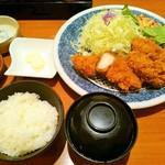 とんかついなば和幸 町田店 - 牡蠣ロース定食