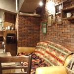 ザ デック コーヒー&パイ - ソファもあります