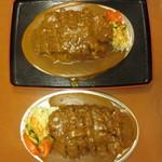 ドライブイン一平 - (上 )大盛カツカレー970円、(下 )並盛920円
