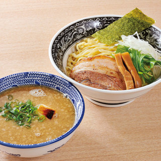 鶏とんこつスープベースのつけ麺は3種!
