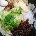 ぼっこ志 - 旨辛TORI和え麺♪
