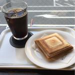 やなか珈琲店 - アイスコーヒーとツナチーズ