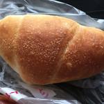 デイリーヤマザキ - 塩バターパン