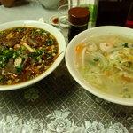 北京 - 蘭州牛肉拉麺と白湯ちゃんぽん
