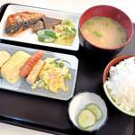 ゆあさ食堂 - 料理写真:マイ日替り定食