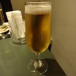 バール LAZY 2 - 生ビール