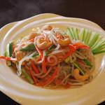 餃子物語 - 食欲を誘う色鮮やかな野菜炒め
