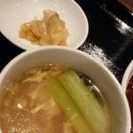 ほうみん - スープ、ザーサイ、杏仁豆腐