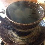 まったり家 - コーヒーは渋い器に入ってます。