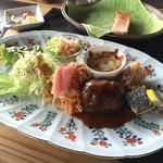 カスミ - レディースセット  地元野菜とハンバーグとお魚ものって沢山種類を頂きました。