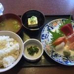 寿司酒家 七福食堂 - 料理写真: