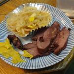 中尾酒店 - 料理写真:馬肉燻製(さいぼし)250円 ※2016年2月