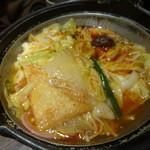 大江戸八百八町 花の舞 - 鶏ちゃんこ with 旨辛スープ