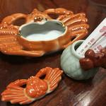 札幌かに本家 - 蟹灰皿、蟹箸置き