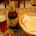 インド・ネパール料理 FULBARI - とりあえずネグラモデロ! メキシコのビールです