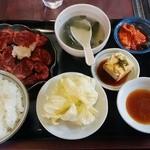 味楽 - 料理写真:昼間限定の焼肉ランチ
